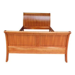 Stickley Cherry Queen Size Sleigh Bed For Sale