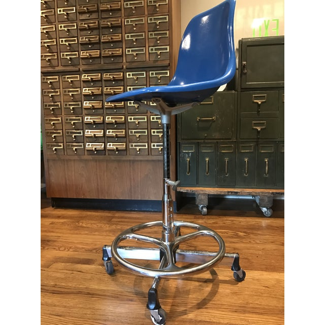 Vintage Architectural Scoop Stools - Set of 5 - Image 5 of 6