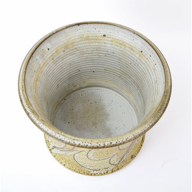 Mid 20th Century Vintage Alan Vigland Mid Century Modern Studio Pottery Vase For Sale - Image 5 of 11