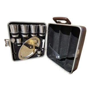 1960s Mid Century Black Executair 101 Trav-L-Bar Mobile Bar Set by Ever-Wear - 10 Piece Set For Sale