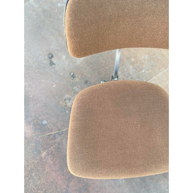 Herman Miller Herman Miller Rolling Office Chair For Sale - Image 4 of 13