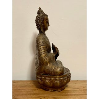 Antique Bronze Buddha Statue Preview