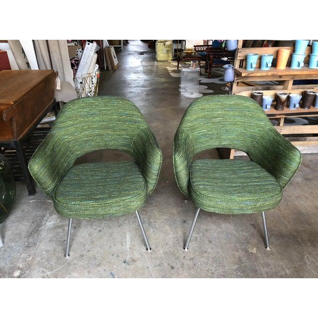 Eero Saarinen Green Saarinen for Knoll Executive Armchairs - A Pair For Sale - Image 4 of 10
