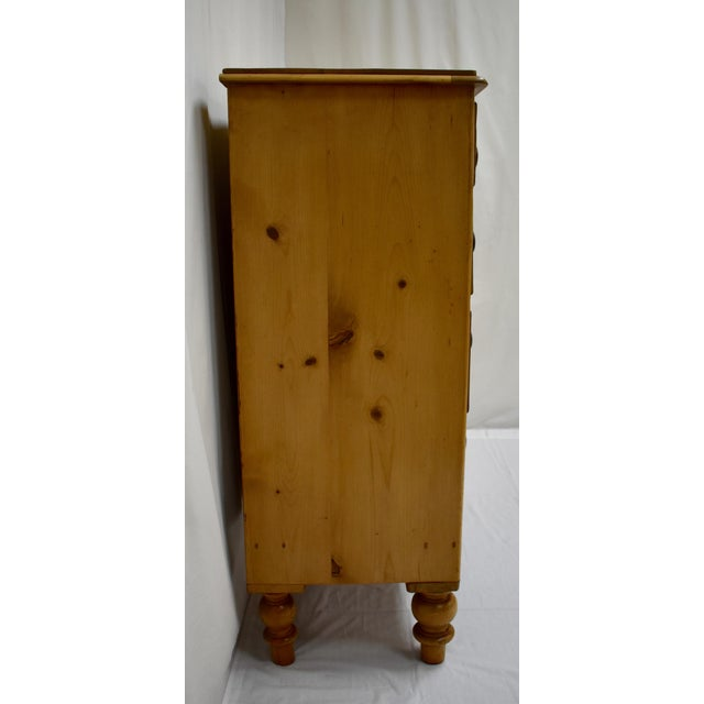 Mid 19th Century English Victorian Pine Chest of Drawers For Sale - Image 5 of 12