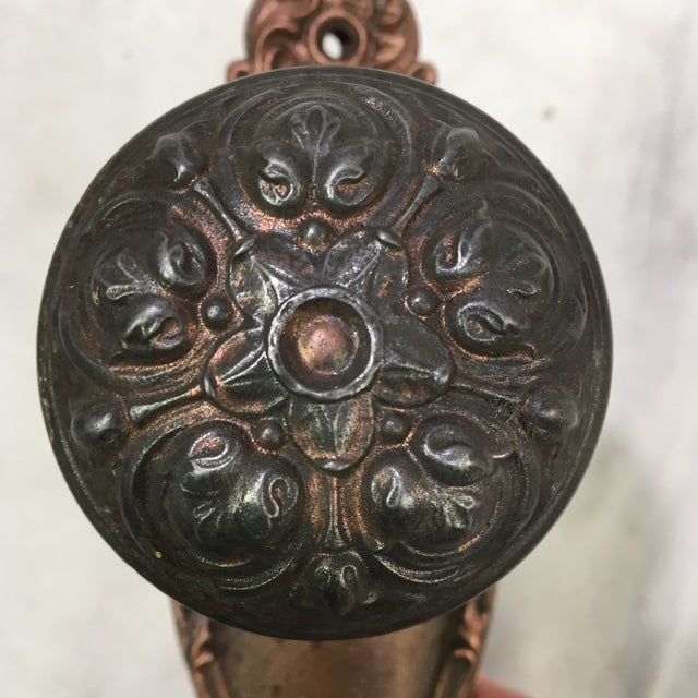 Antique Style Victorian Filigree Copper Finish Back Plates and Doorknobs For Sale In Washington DC - Image 6 of 11