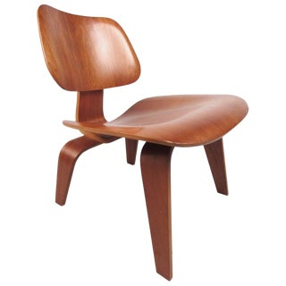 Charles Eames Plywood Dcw Side Chair for Herman Miller For Sale