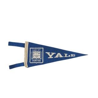Mini Vintage Yale University Felt Flag Pennant For Sale