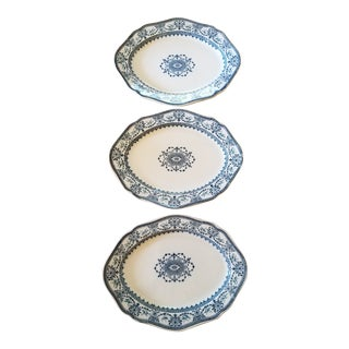 "Set of Three Wedgwood ""Raphael"" Platters For Sale"