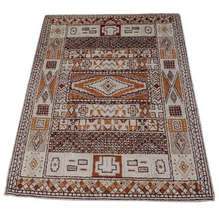 1950s Moroccan Style Portuguese Rug- 8′ × 10′ For Sale