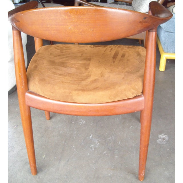 Modern Vintage Mid Century Hans Wegner Armchair For Sale - Image 3 of 5