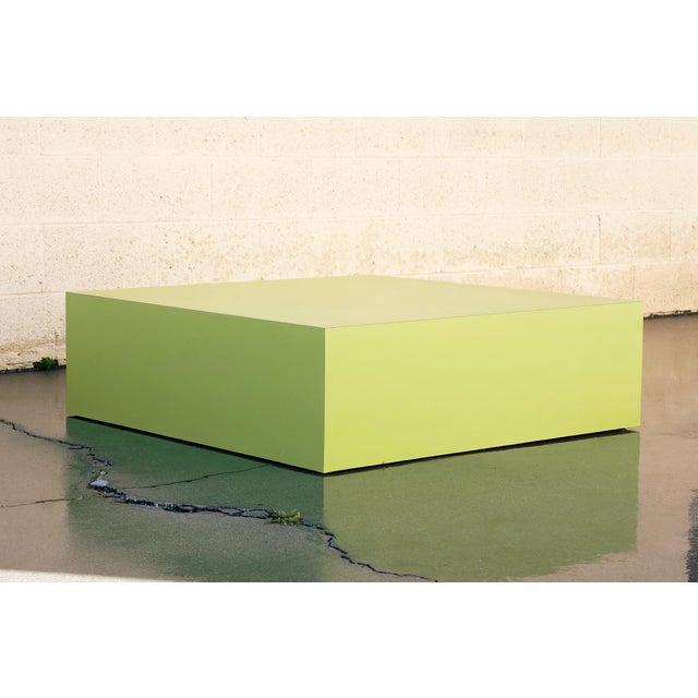 Large Retro 1970s Retail Display Pedestal, Split Pea Green For Sale In Los Angeles - Image 6 of 6