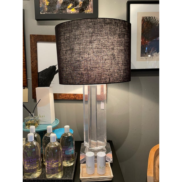 Metal Chrome and Lucite Mid-Century Modern Octagonal Table Lamp For Sale - Image 7 of 9