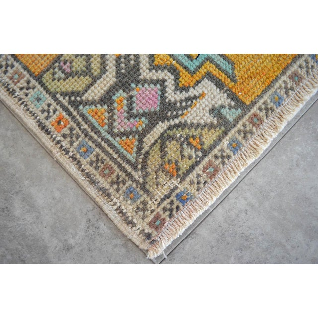 """Dimensions: 18.5"""" x 36.2"""" Excluding Fringe Material : Wool on cotton. Age: About 30-40 years old Weight: ~ 2lbs"""