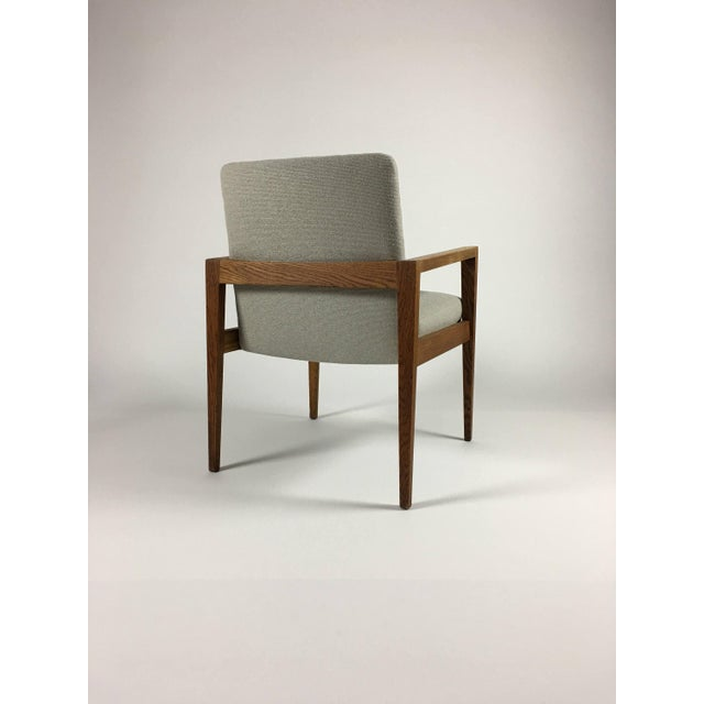 Mid-Century Modern 1950s Mid-Century Modern Jens Risom Accent Chair With Arms For Sale - Image 3 of 8