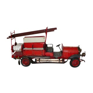 Handmade Metal Collectible Classic Model Red Fire Fighter Model Truck For Sale