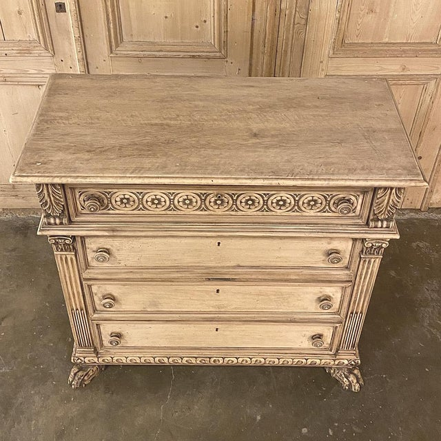 Antique Italian Renaissance Stripped Walnut Commode For Sale In Dallas - Image 6 of 13