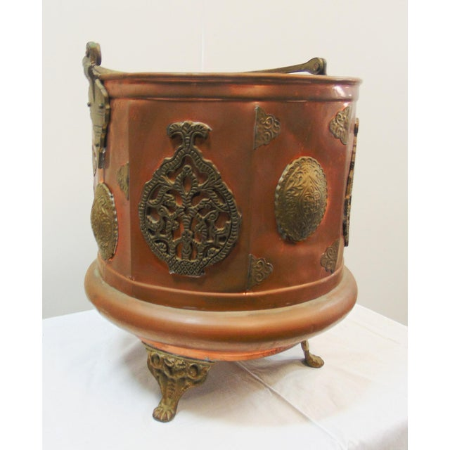 Arts & Crafts Ash bucket, made of copper with applied cast brass accents