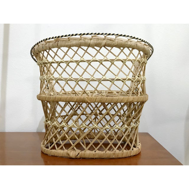 Mid 20th Century Vintage Rattan Loveseat Plant or Teddy Stand For Sale - Image 5 of 7