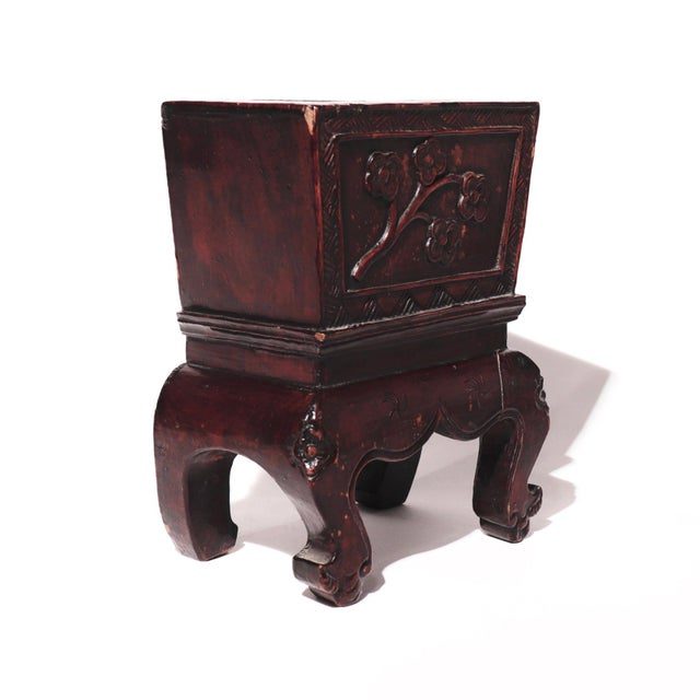 Chinese Chinese Decorative Lacquered Wood Jardiniere For Sale - Image 3 of 7
