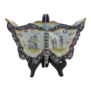 Butterfly Form Quimper Wall Pocket