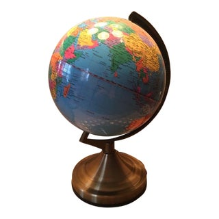 Vintage Touch Lighted World Globe on Brass Base For Sale