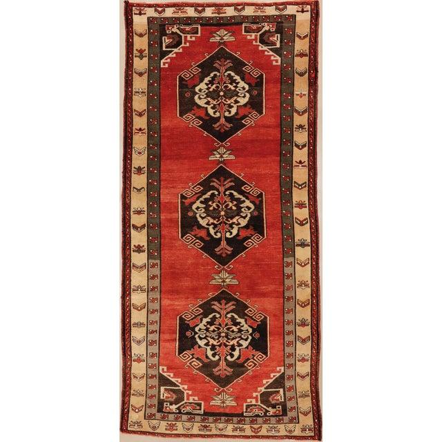 "Vintage Turkish Sivas Wool Runner Rug - 5'5"" X 11""11"" For Sale - Image 4 of 4"