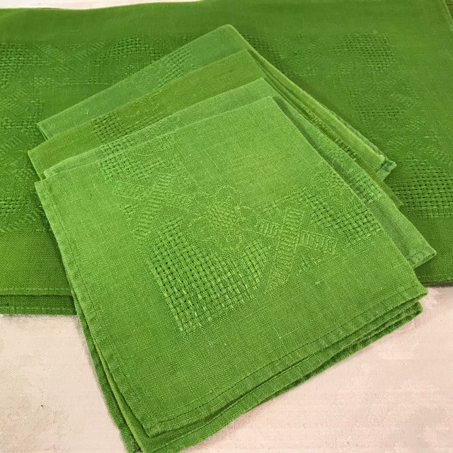 Vintage Lime Green Woven Placemats and Napkins - Set of 8 For Sale In Dallas - Image 6 of 9
