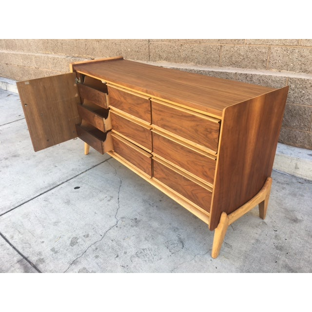 Mid-Century Modern Credenza For Sale - Image 5 of 5