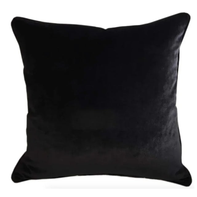 Brand new Silk Velvet Designer Tiger Accent Pillows - Set of 2 The back is a high end Black Velvet fabric Each pillow has...