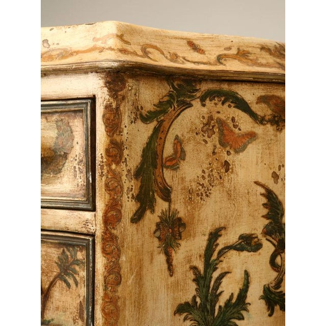 Hollywood Regency Italian Semainiers - a Pair For Sale - Image 3 of 10