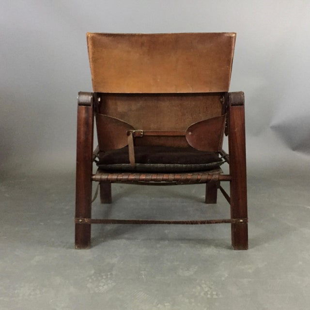 American Mid-Century Safari Chair, Reversible Seat Cover For Sale In New York - Image 6 of 13