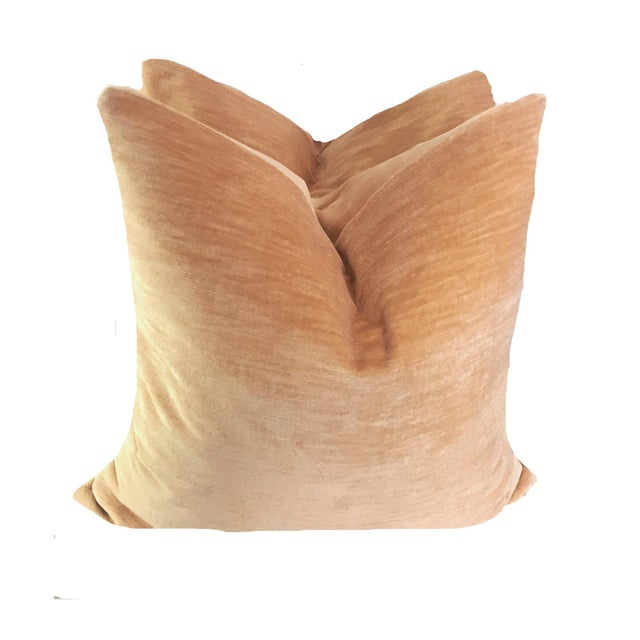 Contemporary Nectar Linen Velvet Pillows - a Pair For Sale - Image 3 of 3