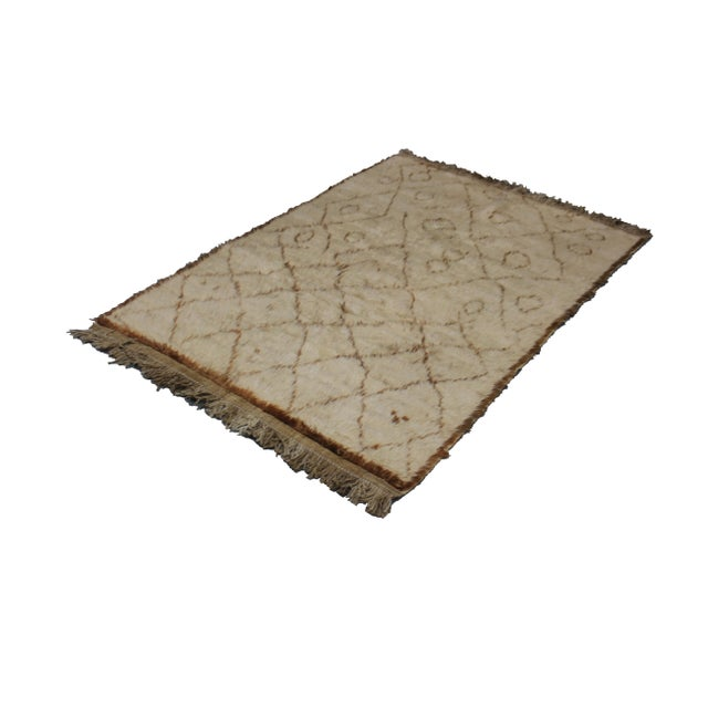 Contemporary Hand Knotted Shag Area Rug - 3′9″ × 5′6″ For Sale - Image 3 of 3