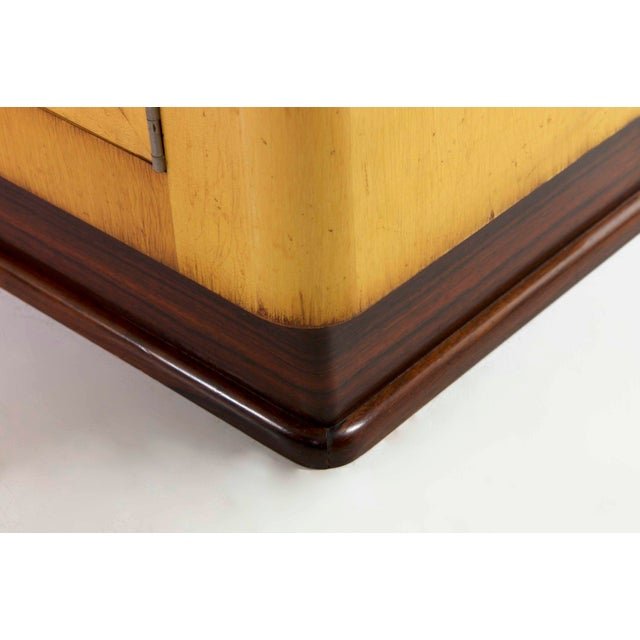 Art Deco Birch & Rosewood Vitrine Bookcase Cabinets circa 1930 - A Pair For Sale - Image 10 of 11