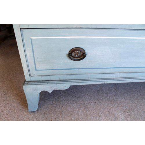 American Blue Painted Federal Chest of Drawers on French Feet - Image 6 of 11