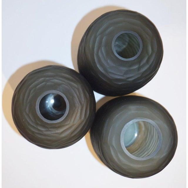 Glass Salviati Vintage Italian Minimalist Smoked Gray Battuto Murano Art Glass Vases For Sale - Image 7 of 12