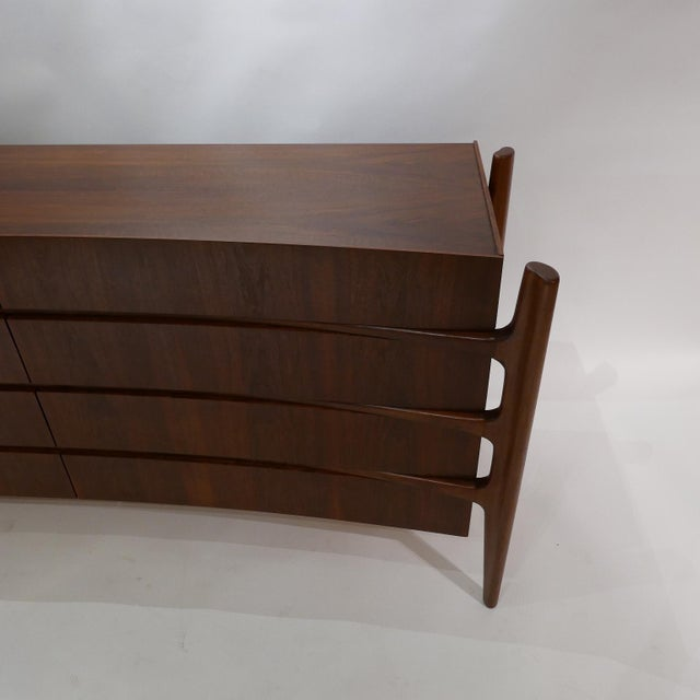 Stilted Curved Scandinavian Mid-Century Modern William Hinn Chest or Dresser For Sale - Image 11 of 13