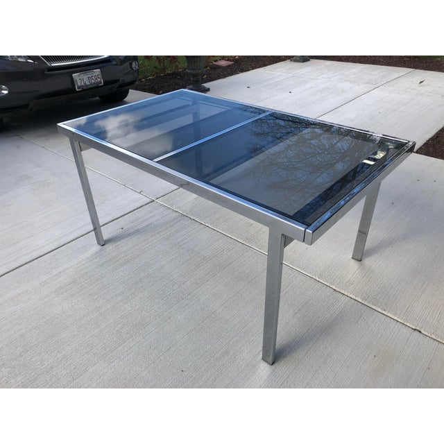 Mid-Century Modern Milo Baughman for Dia Chrome Smoke Glass Dining Table For Sale - Image 3 of 7