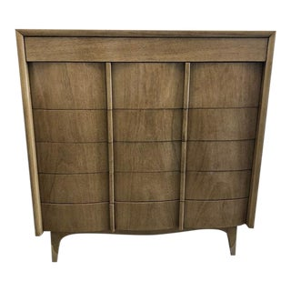 1970s Mid-Century Modern American of Martinsville Dresser For Sale