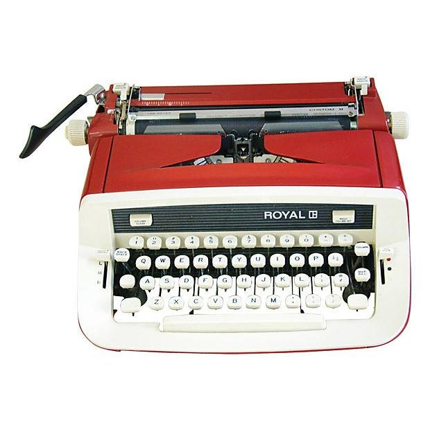 Vintage 1970s Royal Custom II Typewriter & Case - Image 7 of 7