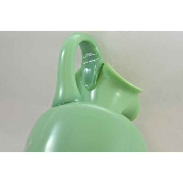 19th Century Green Jadeite Glass Vase For Sale In Chicago - Image 6 of 8