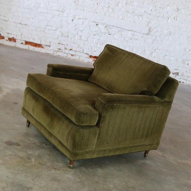 Deep Green Velvet Lawson Style Vintage Club Chair Mid Century Modern - Image 5 of 11