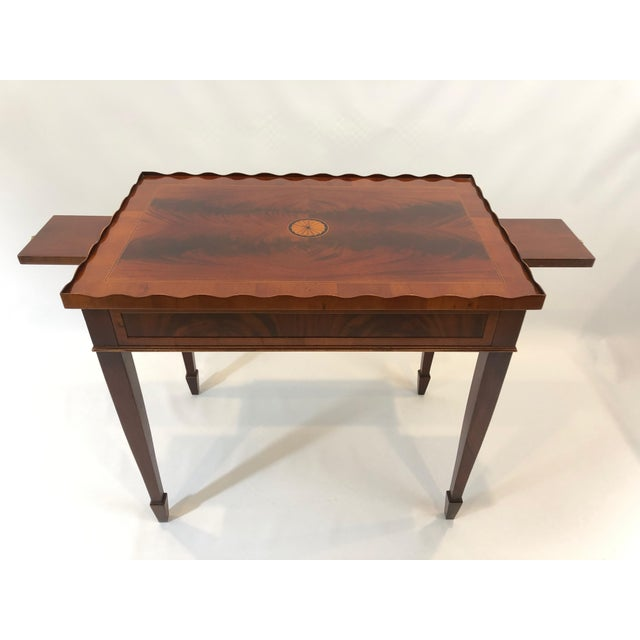 Traditional 1980s Traditional Heckman Mahogany and Inlaid Tea Side Table For Sale - Image 3 of 13