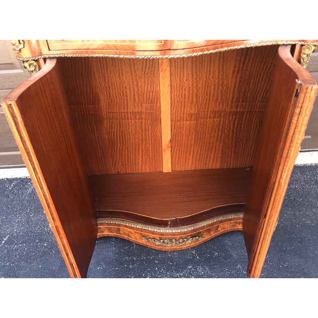 Early French Louis XV Commode Cabinet For Sale - Image 12 of 13