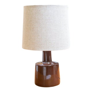 1960's Jane and Gordon Martz Signed Brown Ceramic Table Lamp For Sale