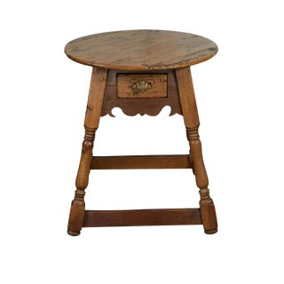 English Round Pine Table For Sale