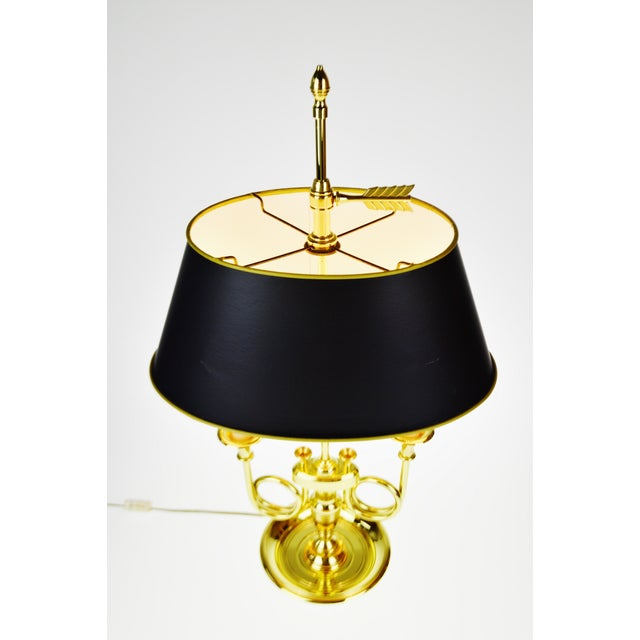 American Classical Vintage 1960's Baldwin Brass French Horn Bouillotte Table Lamp For Sale - Image 3 of 11