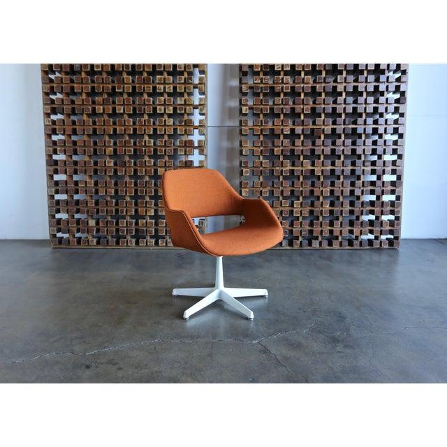 Orange Arthur Umanoff for Madison Furniture Swivel Armchairs - Set of 6 For Sale - Image 8 of 13