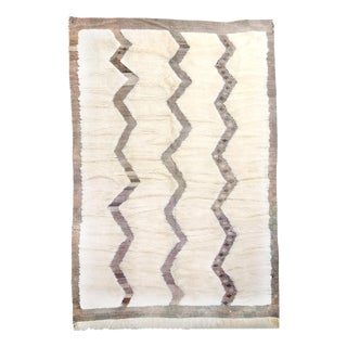 Moroccan White and Black Wool Rug With Pile - 8′7″ × 12′6″ For Sale