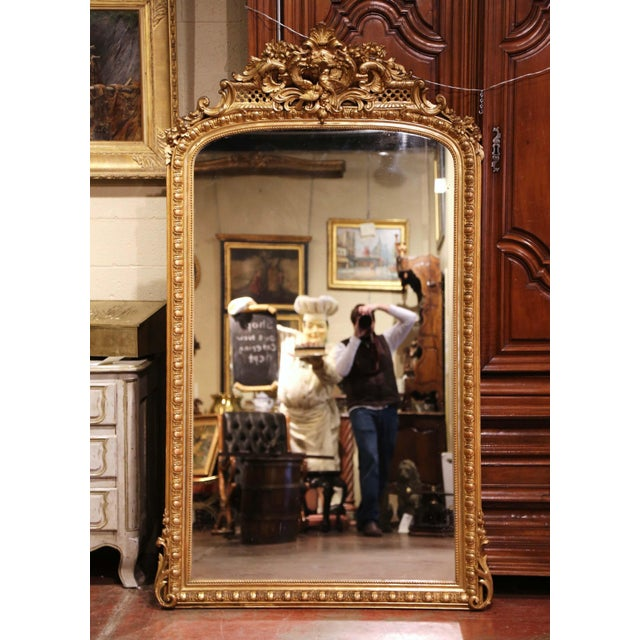 19th Century French Louis XV Carved Giltwood Mirror With Bird Decor For Sale - Image 10 of 10